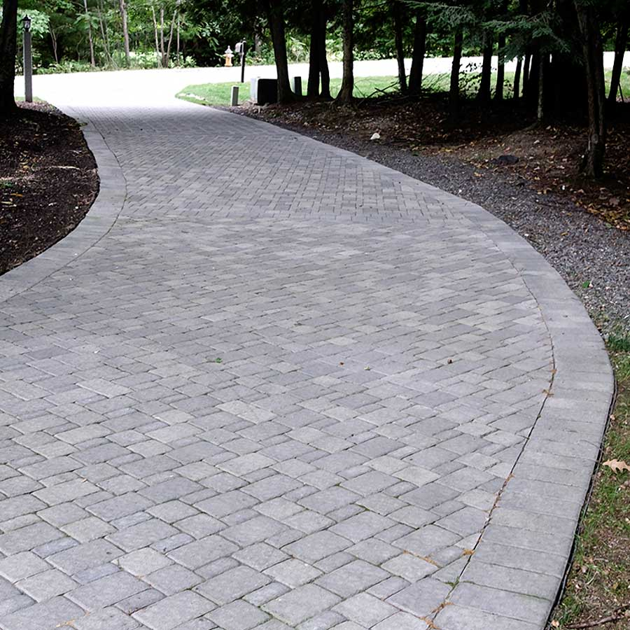 Gagne Country Cobble driveway